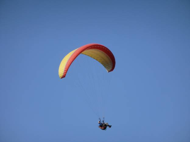 Para-glider soaring off Lookout Mountion, Golden, CO © 2012 Frosty Wooldridge